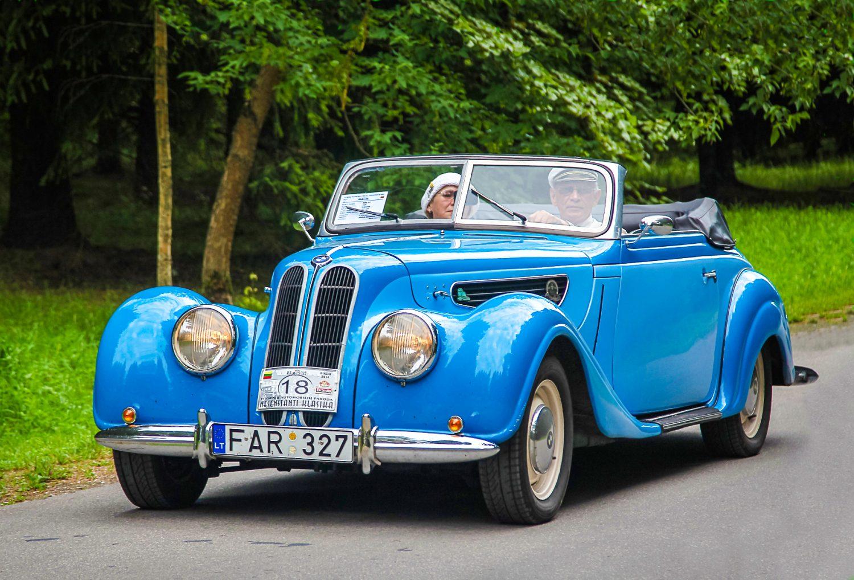 BMW 327, 1939 m.