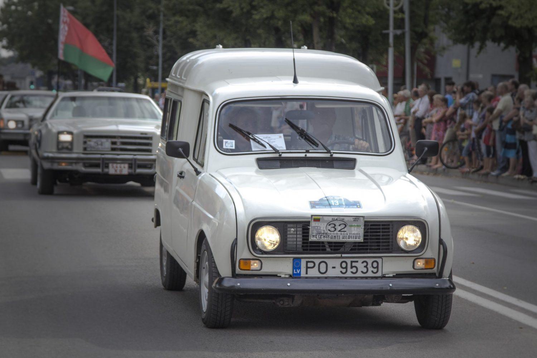 32-renoault-1974-zandovskio