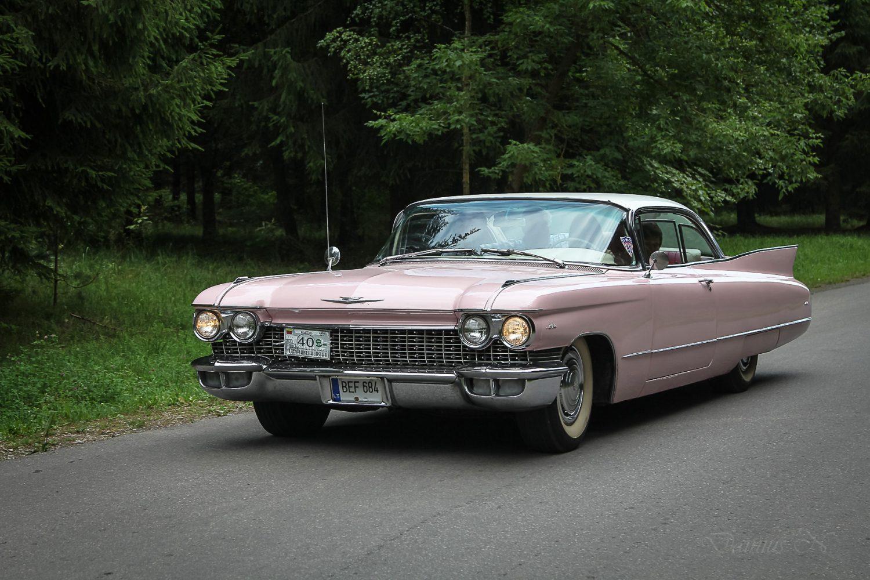 cadilac-deville-1960