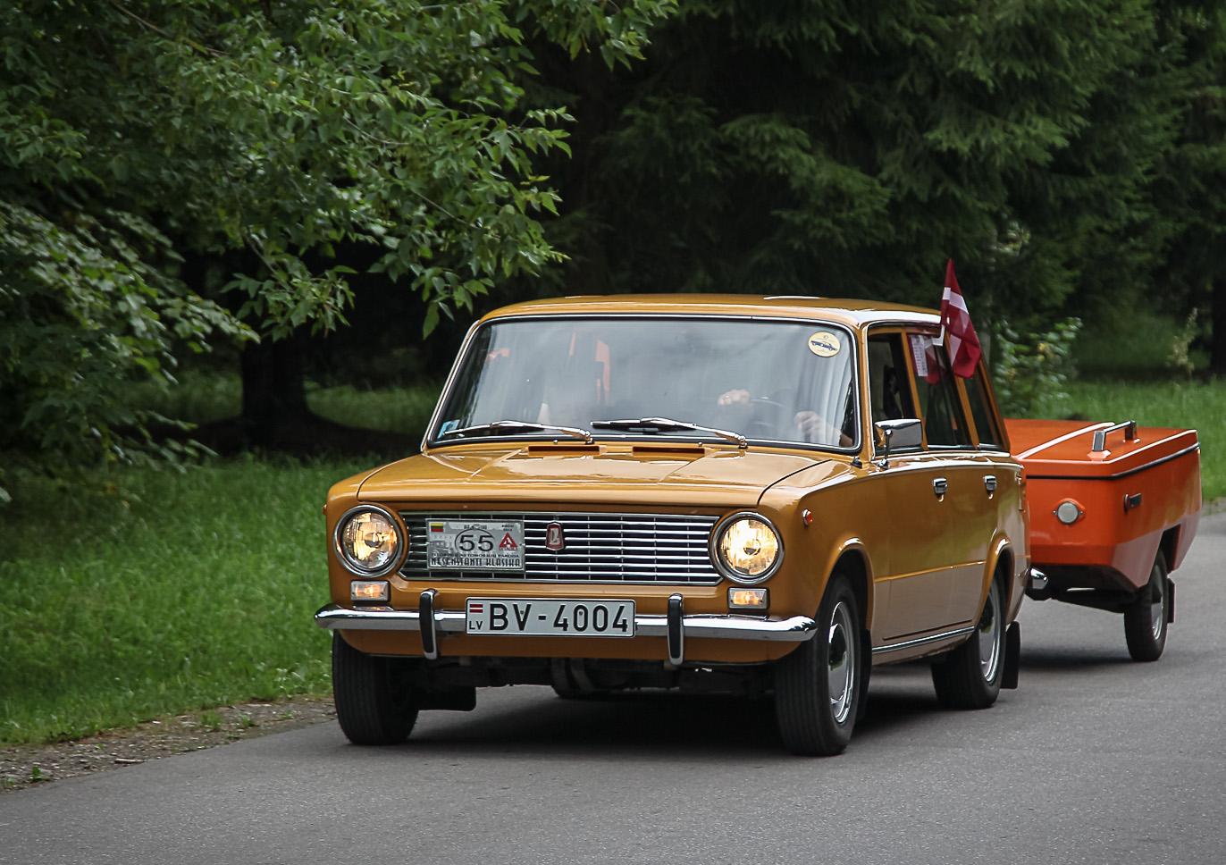 vaz-2102-1980-m