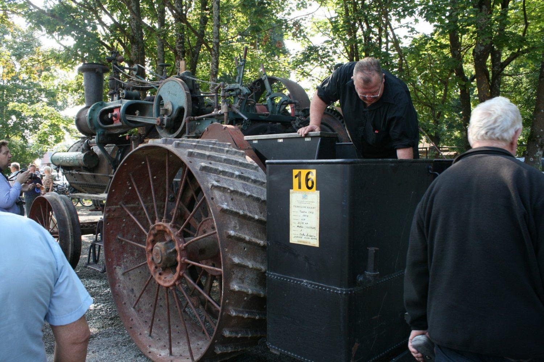 """Garo traktorius """"Case"""""""