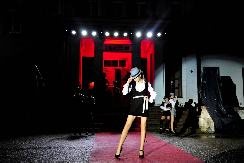 Pasirodo Santarvės fondo estetinio ugdymo ir modelių mokyklos auklėtinės