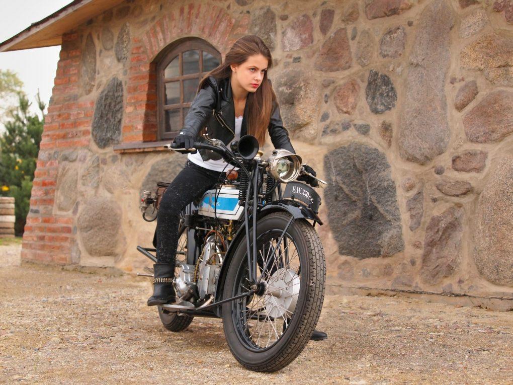 Enrika ir Douglas EW 350, 1927 m. Motociklo savininkas - Dalius Linkevičius. Aurimo Franko nuotrauka