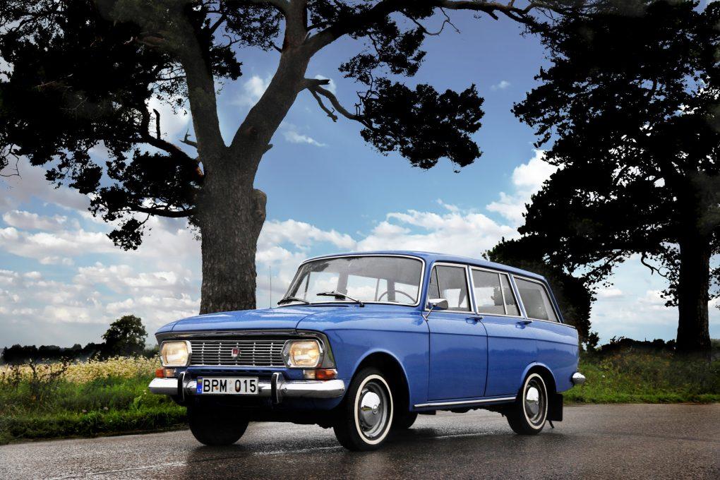 09-rugsejis-moskvich-427-1974-m-automobilio-savininkas-vytautas-einoris-ilonos-daubaraites-nuotrauka