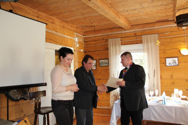 Klubo narių apdovanojimai garbės raštais ir medaliais
