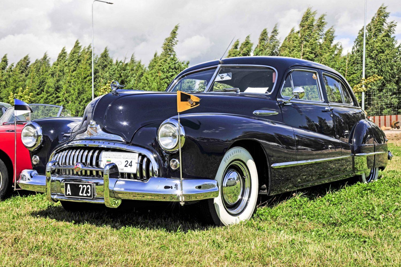 Laimėtojas - geriausio klasikinio automobilio kategorijoje (nuo 1946) - Buick Super 8 Model 51, pagamintas 1947 m. Savininkas – Raivo Hannus