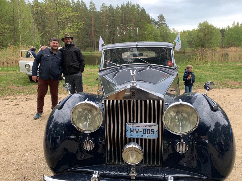 Geriausiu renginio automobiliu buvo išrinktas Alfredo Zigmanto Rolls Royce Silver Wraith, pagamintas 1947 m.