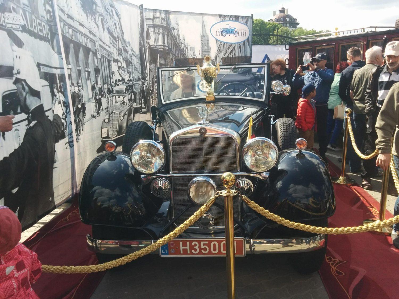 Mercedes Benz 290 cabrio D Lang 1935m. 2